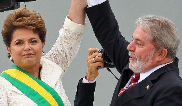 Dilma e Lula estarão hoje, 19h, no Teatro Positivo, em Curitiba