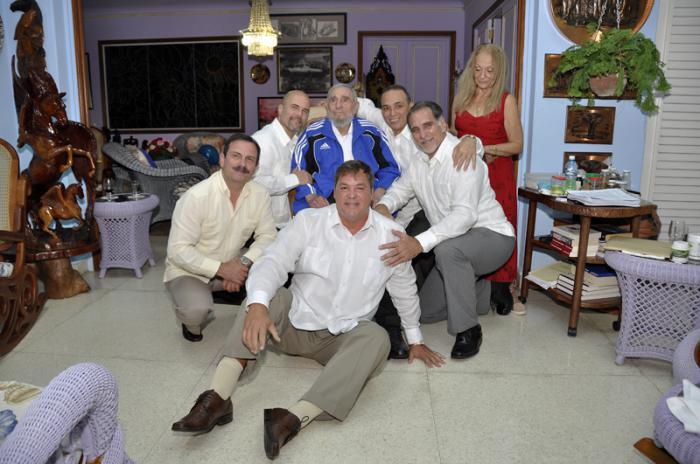 Companheira de Fidel, Dalia Soto del Valle, também participou do encontro.