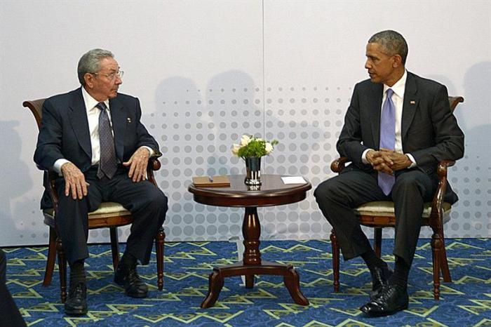 Em dia histórico, Obama e Castro realizaram encontro bilateral entre EUA e Cuba